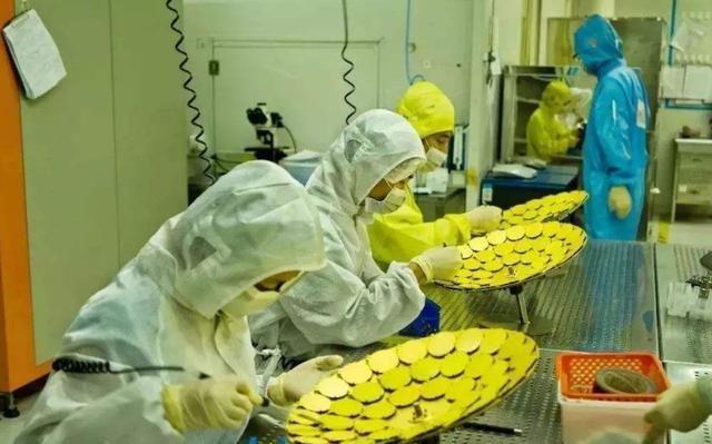 对芯片|美国芯片管控已遭反噬,20亿大单拱手让人!华为再添一个月库存