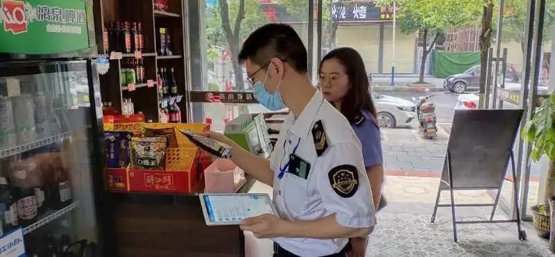 面检查|守护校园食品安全 临桂市场监管局在行动