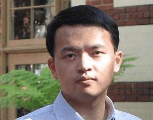 科技|华人科学家前往美国,刚下飞机就被逮捕,美媒窃取芯片技术