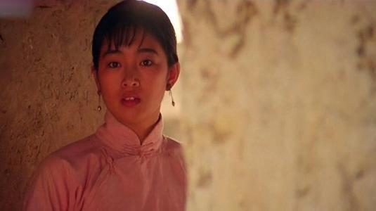 红高粱 她是《红高粱》九儿第一人选,却被巩俐替代,如今二人地位悬殊
